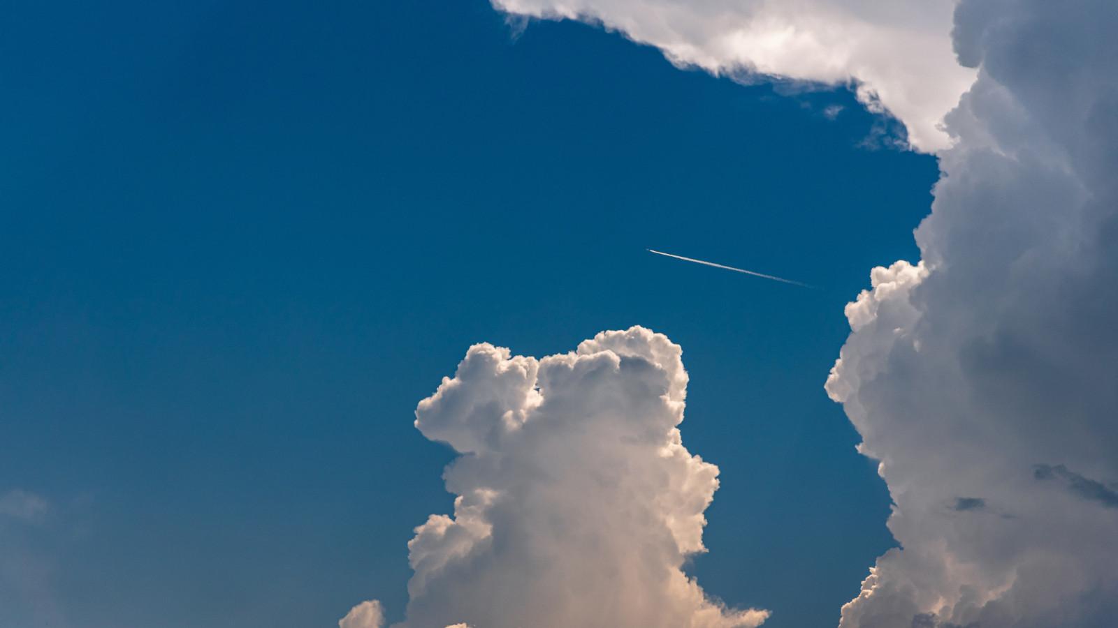 超好看的背景图片壁纸 iPad专享的天空风景高清图片