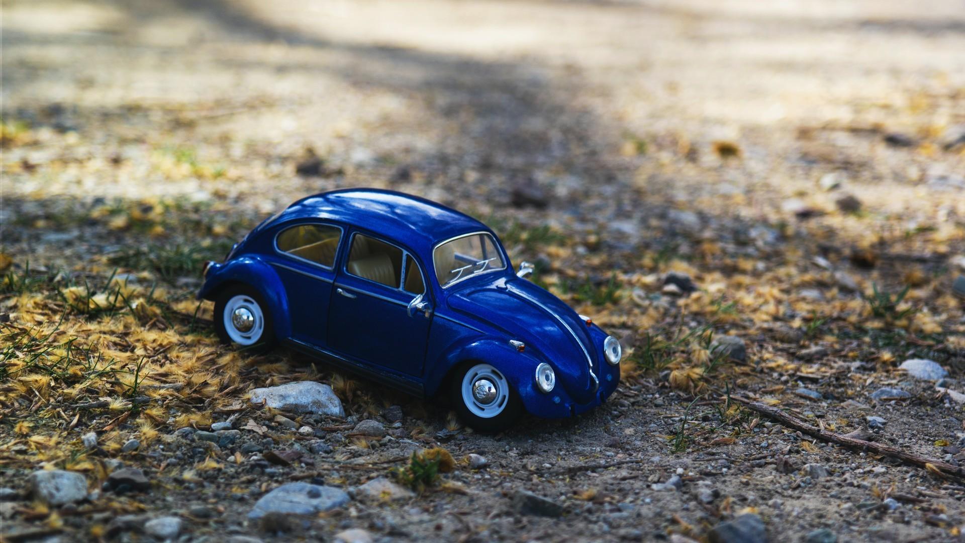 好看精致可爱的小汽车模型图片桌面壁纸