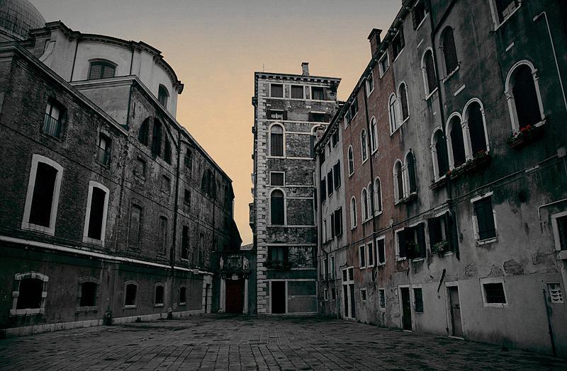 冬天威尼斯早晨图片