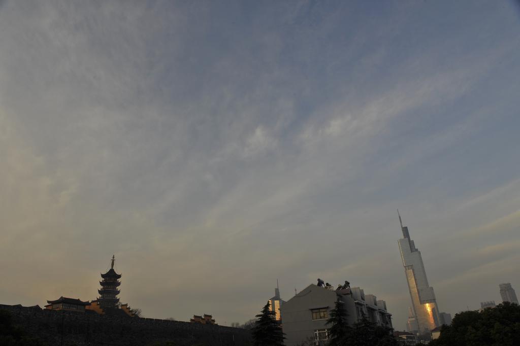 早安南京晨曦图片