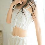 粉嫩白皙美少女写真高清