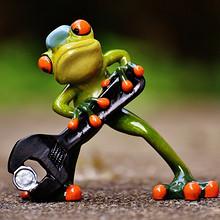 卡通青蛙玩具高清桌面壁纸图片