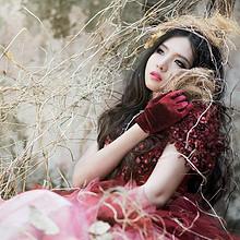 迷人性感的妖娆美女高清桌