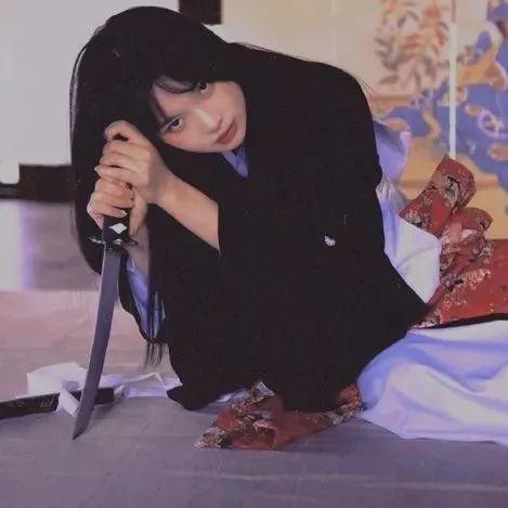 暗黑系列病娇真人女生头像图片