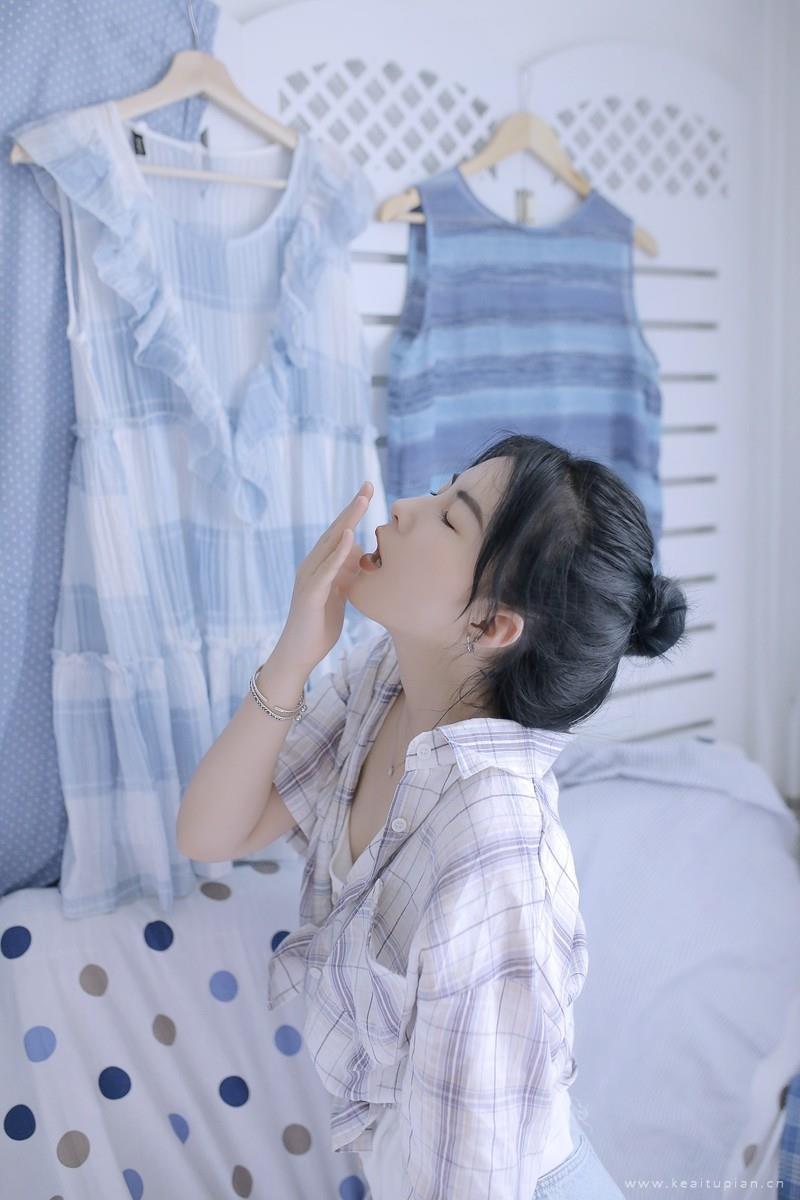 性感撩人的清纯美女私房写真高清壁纸图片