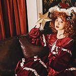 兔耳少女华丽的红色公主