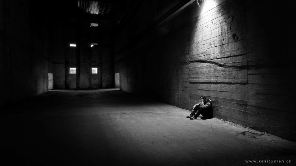 伤感说说配图|一个人伤心失落的心情图片