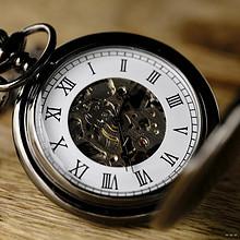 与时间有关的物品-的复古钟表图片