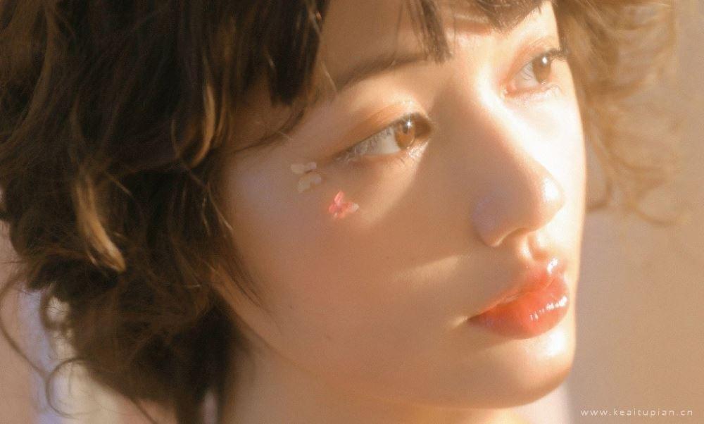 梦幻白皙萝莉少女性感唯美诱惑迷人的写真图片