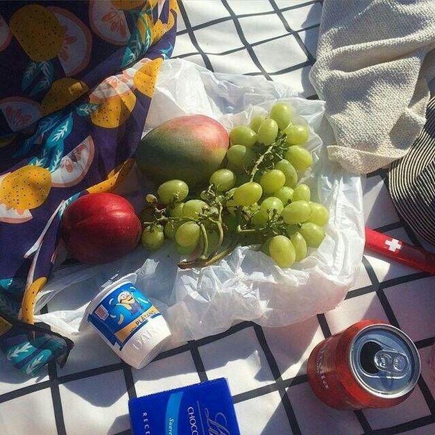 很有生活气息的简约水果食物意境杂图图片