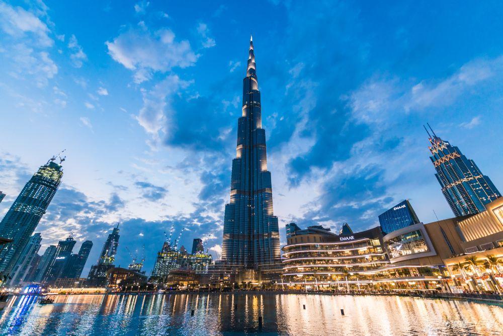 迪拜哈利法塔高清建筑风景图片