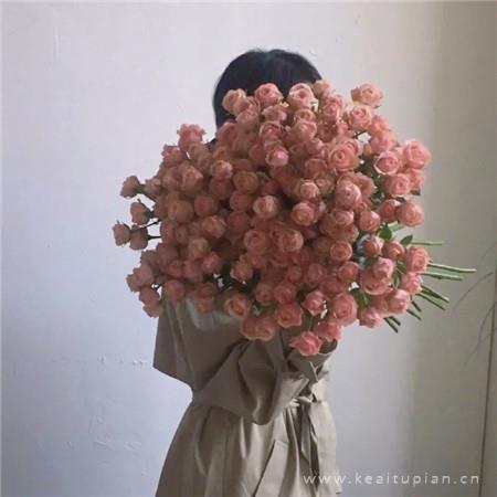 超浪漫的玫瑰花束唯美背景壁纸图片