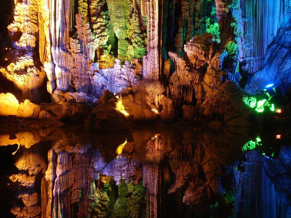 高清桂林银子岩图片