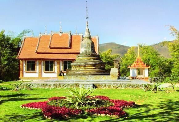 西双版纳勐泐文化园高清旅游风景壁纸图片
