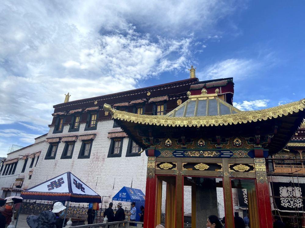 拉萨小昭寺高清旅游建筑风景图