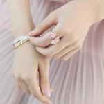 结婚钻石戒指唯美图片