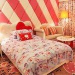 粉色可爱女生房间图片