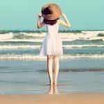 小清新海边女生背影头像