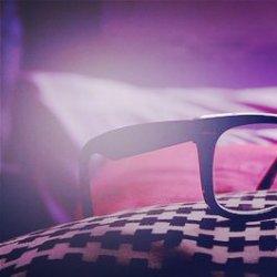 有关眼镜的意境可爱图片
