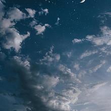 唯美的天空云朵风景手机壁