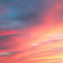 夕阳天空的绚烂晚霞唯美高